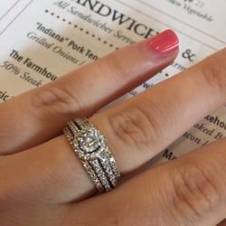 Helzberg Diamonds - Jewelry - 2663 E Main St, Plainfield, IN