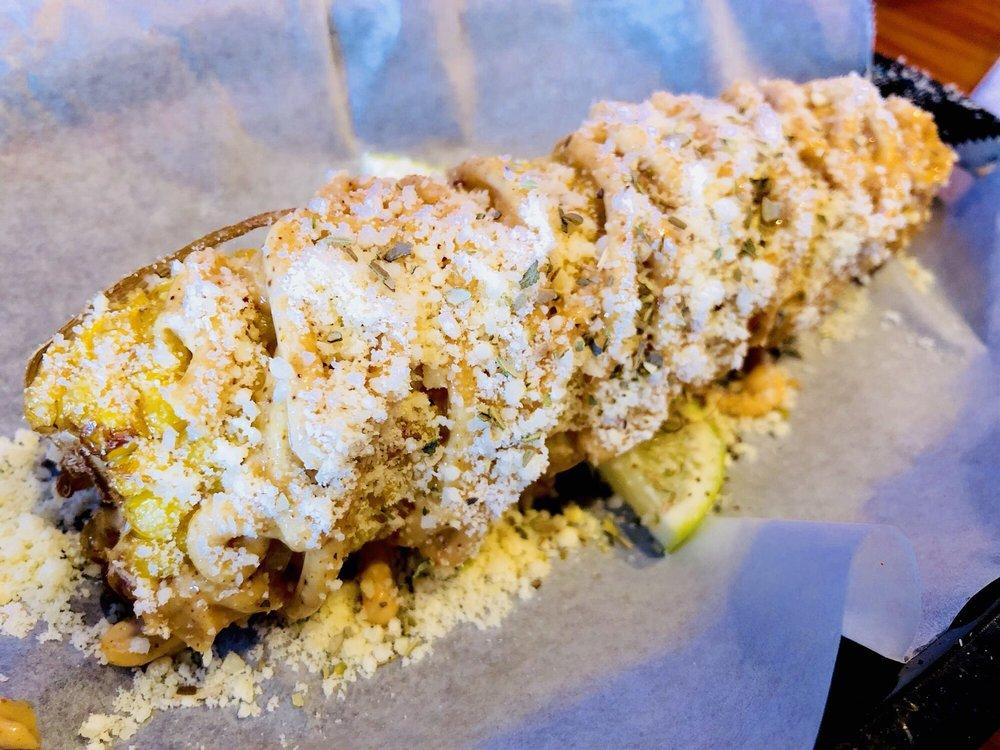 Frenchy's Rockaway Grill: 7 Rockaway St, Clearwater Beach, FL