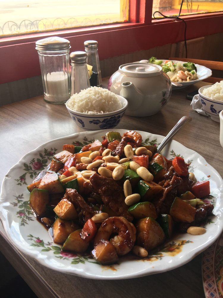 Golden Dragon Restaurant: 1006 E Route 66 Blvd, Tucumcari, NM