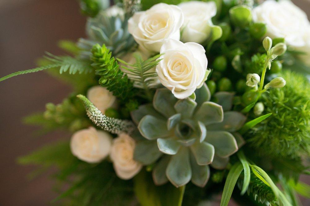 Joyce's Flowers: 9228 Pflumm Rd, Lenexa, KS