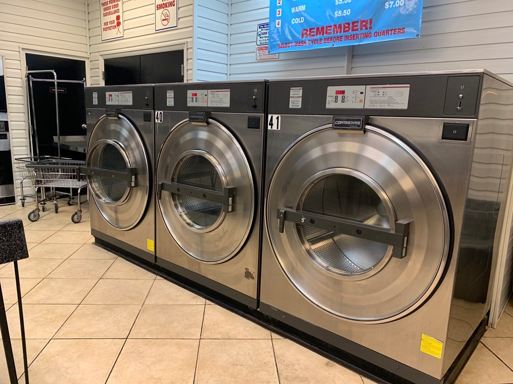 Magic Bubbles 24 Hr Laundromat: 270 State Road 436, Casselberry, FL