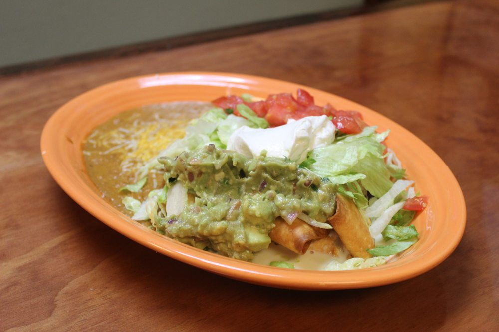 Los Magueyes Mexican Restaurant - Inverness: 1674 Hwy 41 N, Inverness, FL