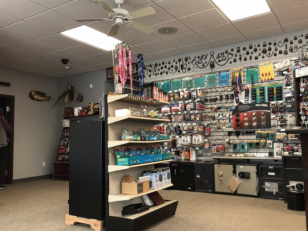 Greg's Lock & Key Service: 112 S Memorial Dr, Independence, MO