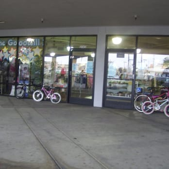 ef51ae0738 Goodwill - 23 Reviews - Thrift Stores - 2043 Main St
