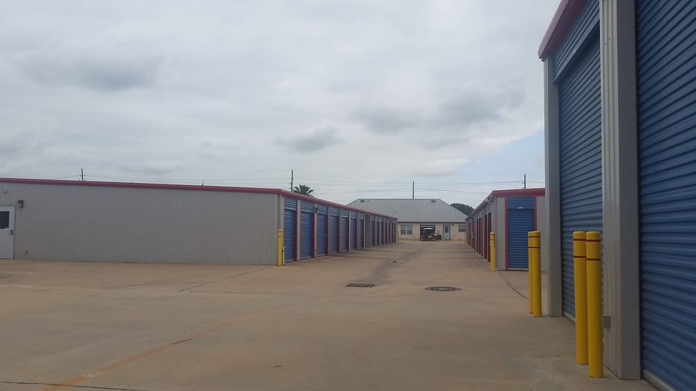 Bon Lone Star Storage Center   Clay Rd   Self Storage   20603 Clay Rd, Katy, TX    Phone Number   Yelp