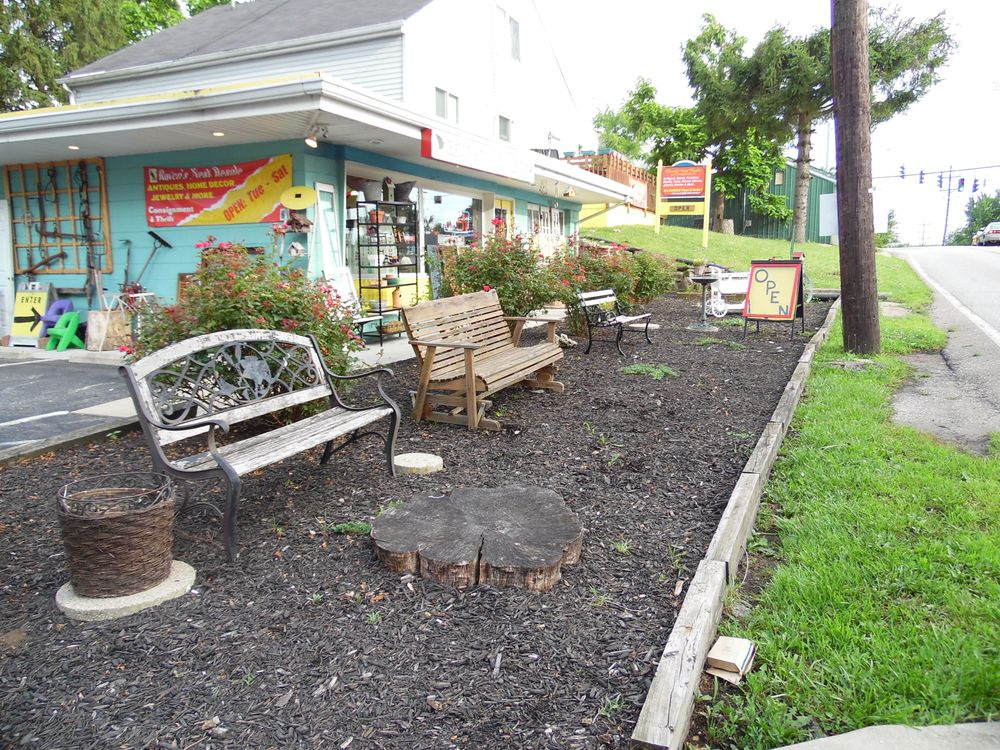 Ravens Nest Resale and Consignment: 4548 Summerside Rd, Cincinnati, OH