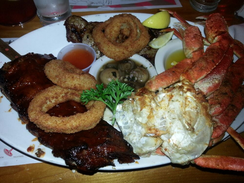 Ribs steak snow crab onion rings and mushrooms they call for Sammy s fish box