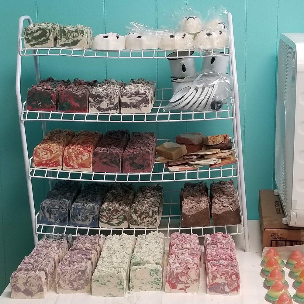 Studio B Soapworks: 402 1/2 E Park Ave, Anaconda, MT