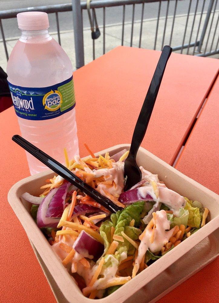 Beware Hot Bar Salad Bar Are Both Priced At 9lb I Got Two Fat