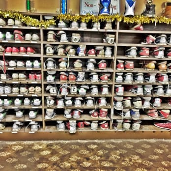 Photo of New Halsted Bowl - Chicago, IL, United States. Rental Bowling shoes