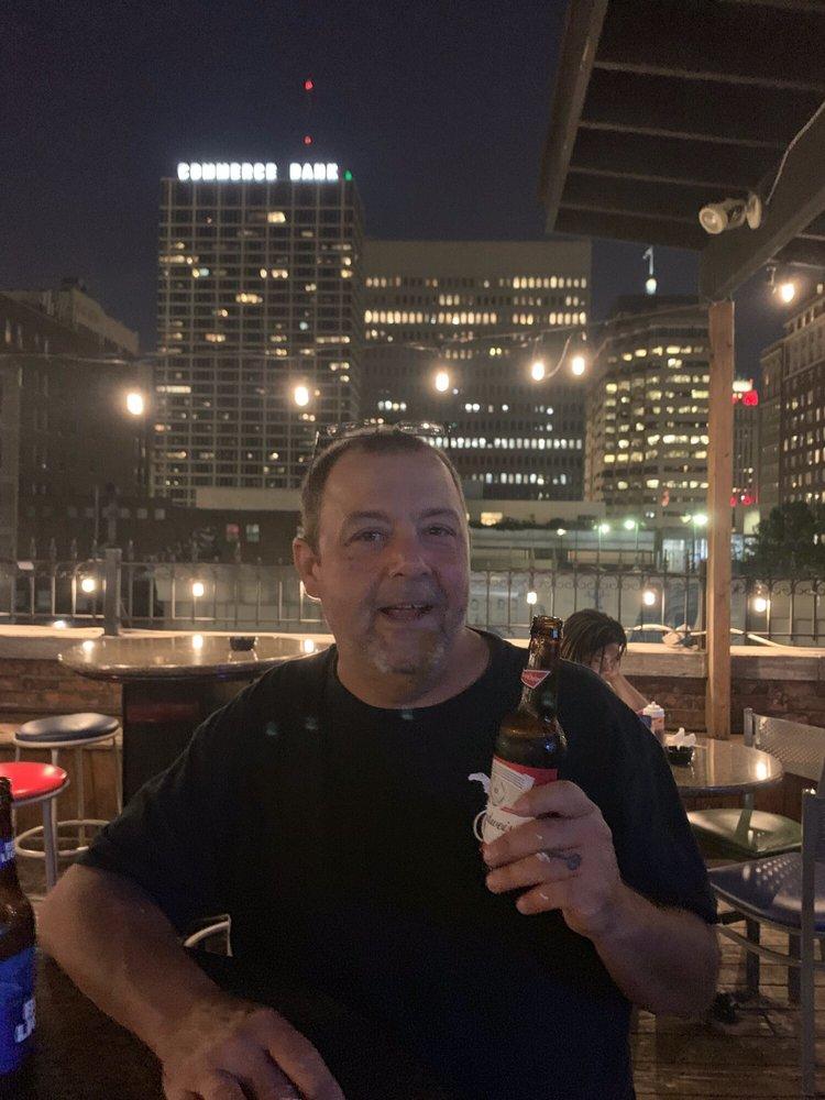 Eclipse Bar & Grill