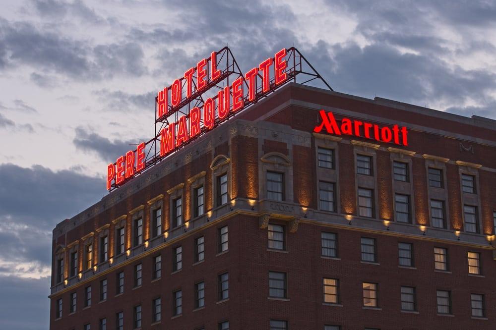Peoria Marriott Père Marquette: 501 Main St, Peoria, IL