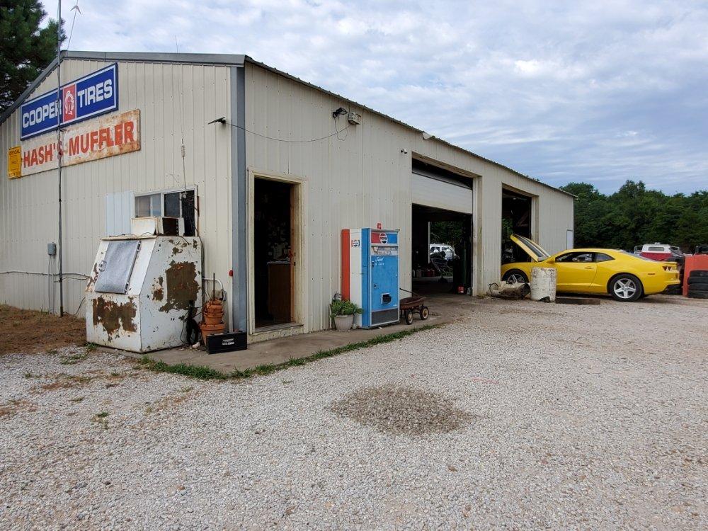 Hash's Muffler: 7465 SE Hwy T, Osceola, MO
