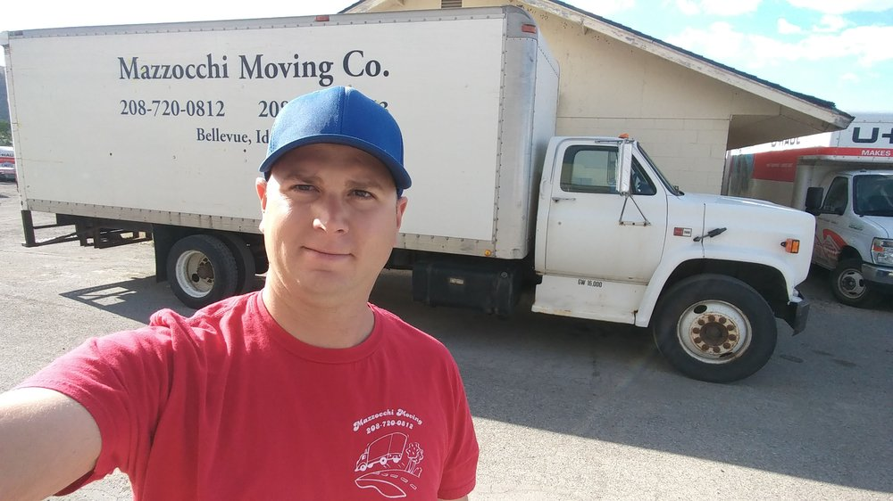 Mazzocchi Moving: 718 N Main St, Bellevue, ID