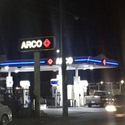 Arco Gas Station Near Me >> Ampm 14 Reviews Gas Stations 7557 Sepulveda Blvd Van