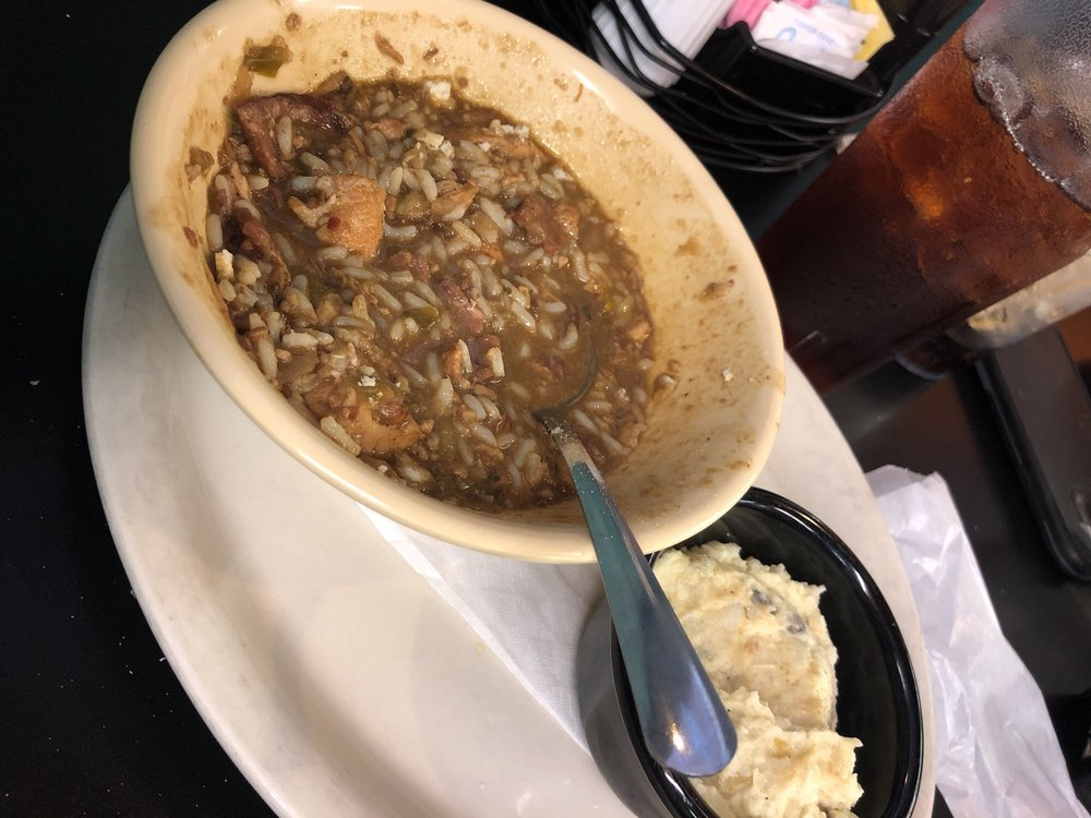James Brown's Gumbo House & Grill: 995 N Main St, Vidor, TX