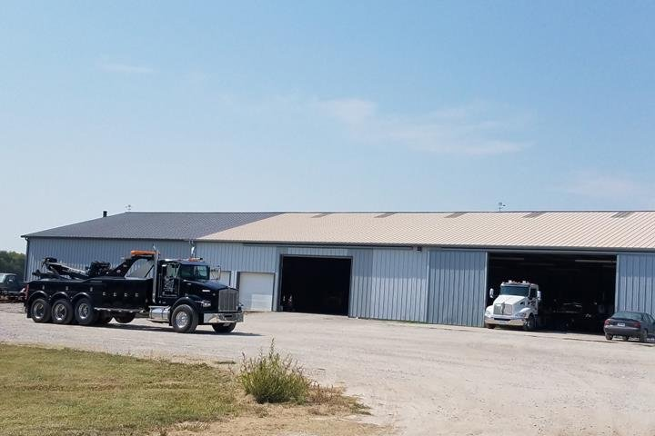 Breuer Towing & Recovery: 1425 N Broadway St, Mount Pleasant, IA