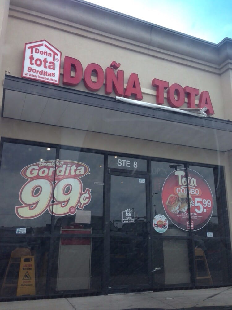 Gorditas Doña Tota: 105 S Cesar Chavez St, San Juan, TX
