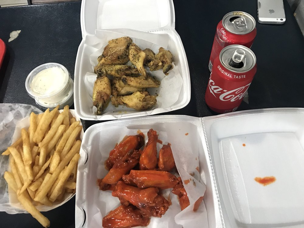 JJ Fish & Chicken: 3250 W Pleasant Run Dr, Lancaster, TX