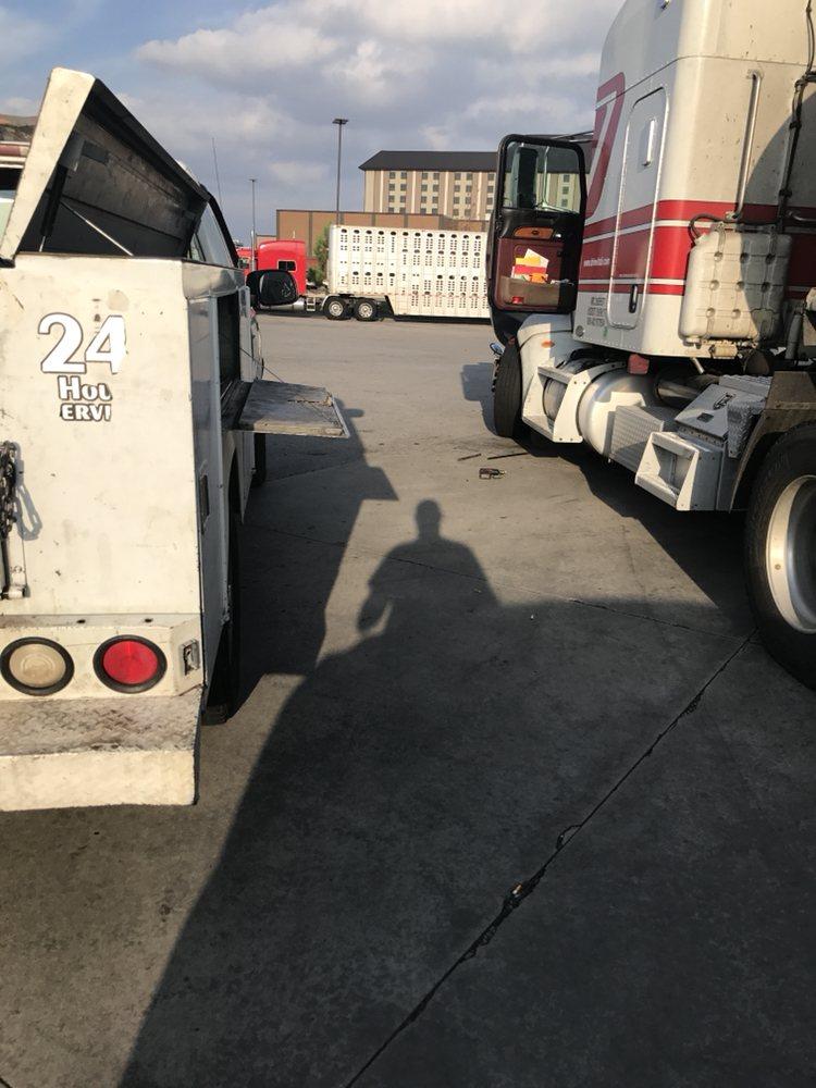 Highway 64 Truck and Trailer Repair: 5200 Alma Hwy, Van Buren, AR