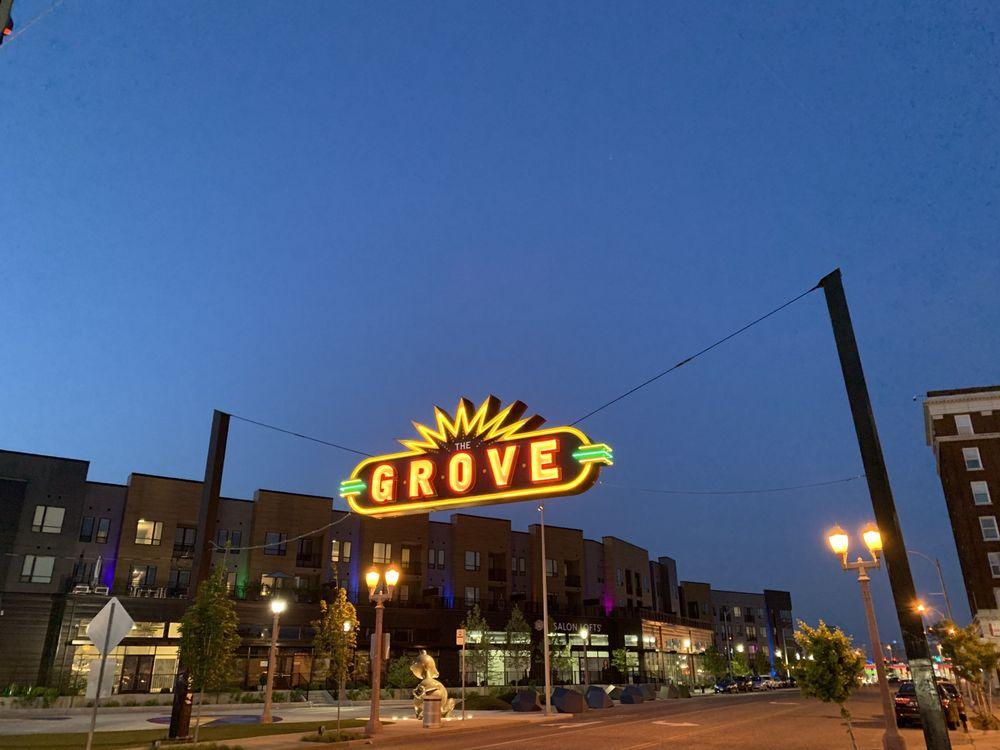 Rehab Bar & Grill: 4054 Chouteau Ave, Saint Louis, MO