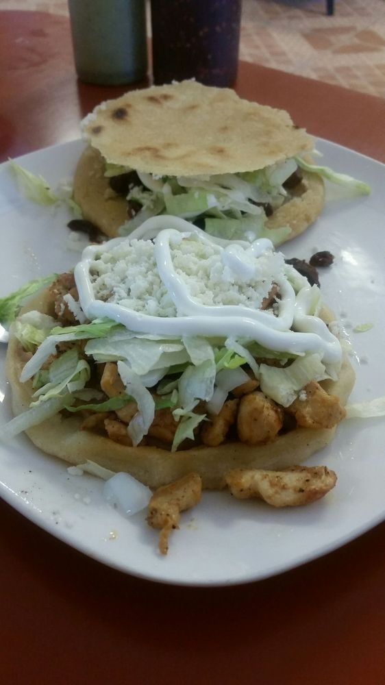 Aubris Taqueria: 1850 N Martin Luther King Hwy, Lake Charles, LA