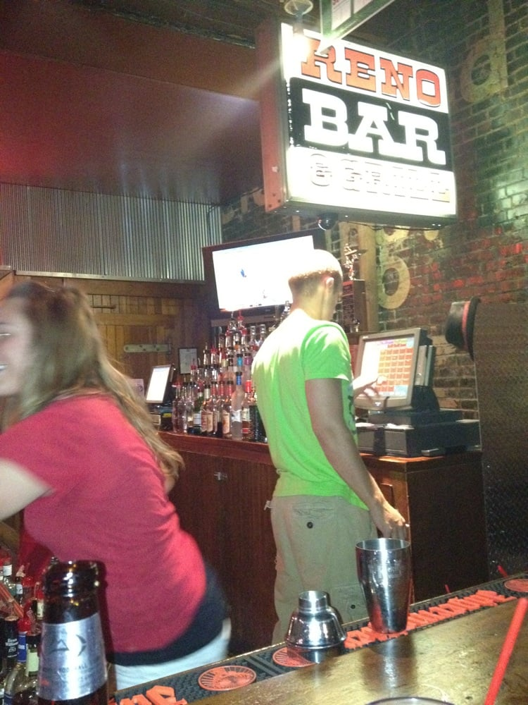 Reno Bar: 414 W 2nd St, Hastings, NE