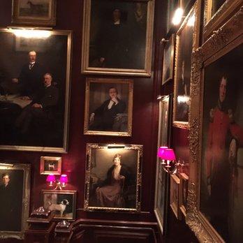 Polo Ralph Lauren - 43 photos   46 avis - Vêtements pour hommes ... 7fb87436f1f