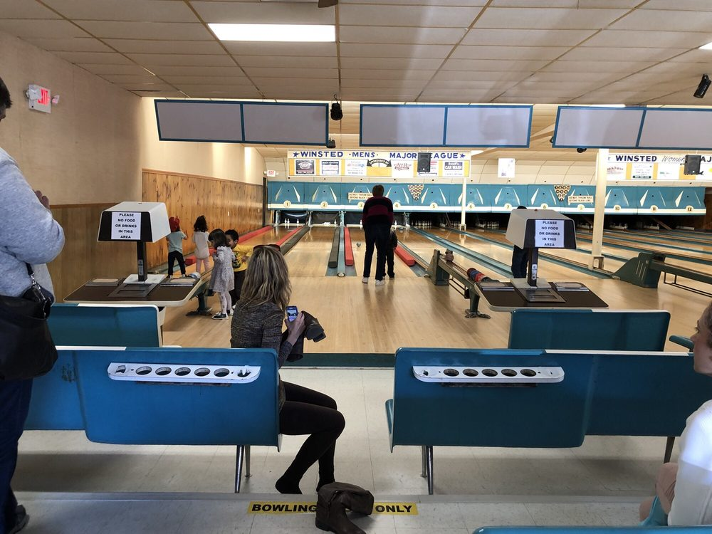 Laurel Bowling Lanes: 266 Main St, Winsted, CT
