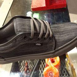 d462a464ea Vans - 20 Reviews - Shoe Stores - 3227 Glendale Galleria