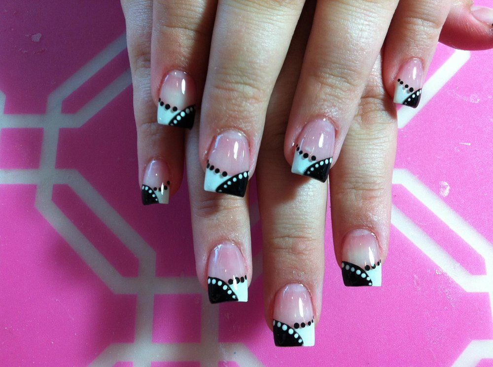 Zen Nail and Spa: 3320 Hwy 365, Nederland, TX