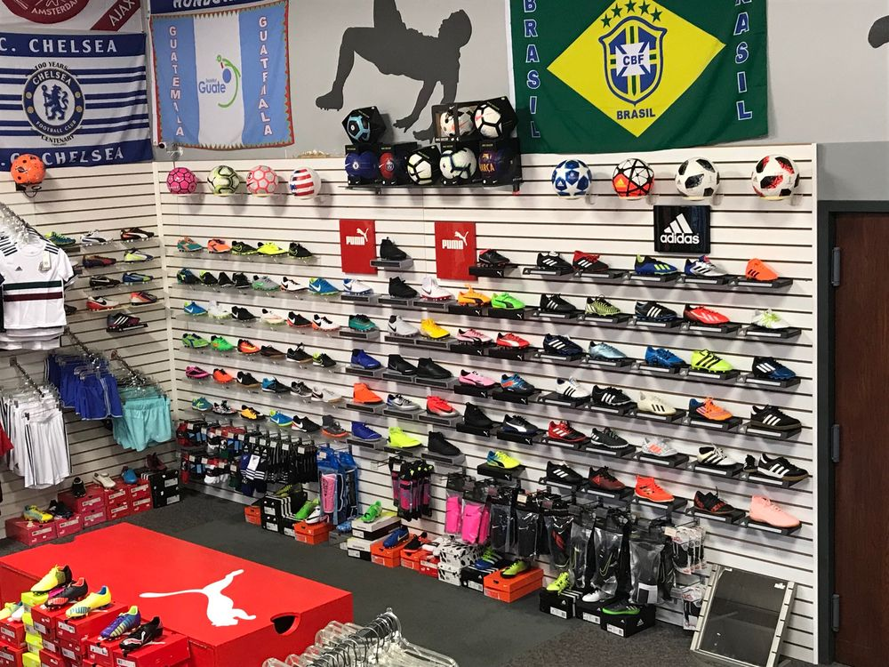 Soccer Plus: 803 W Coliseum Blvd, Fort Wayne, IN