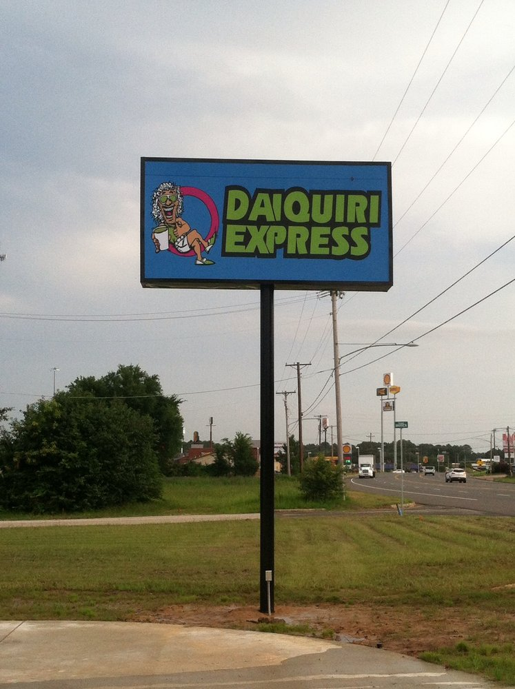Daiquiri Express: 3020 S Eastman Rd, Longview, TX