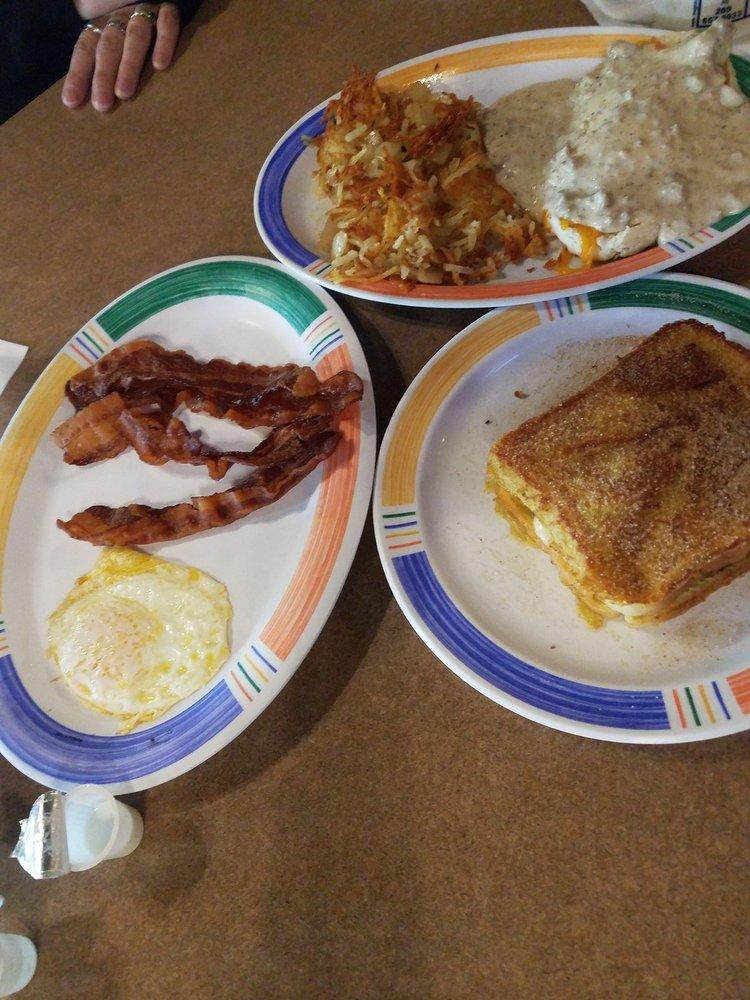 Breakfast Place: 206 N Main St, Lawton, MI