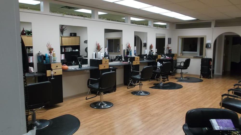 The Salon @ 42 Summer St: 42 Summer St, Barre, VT