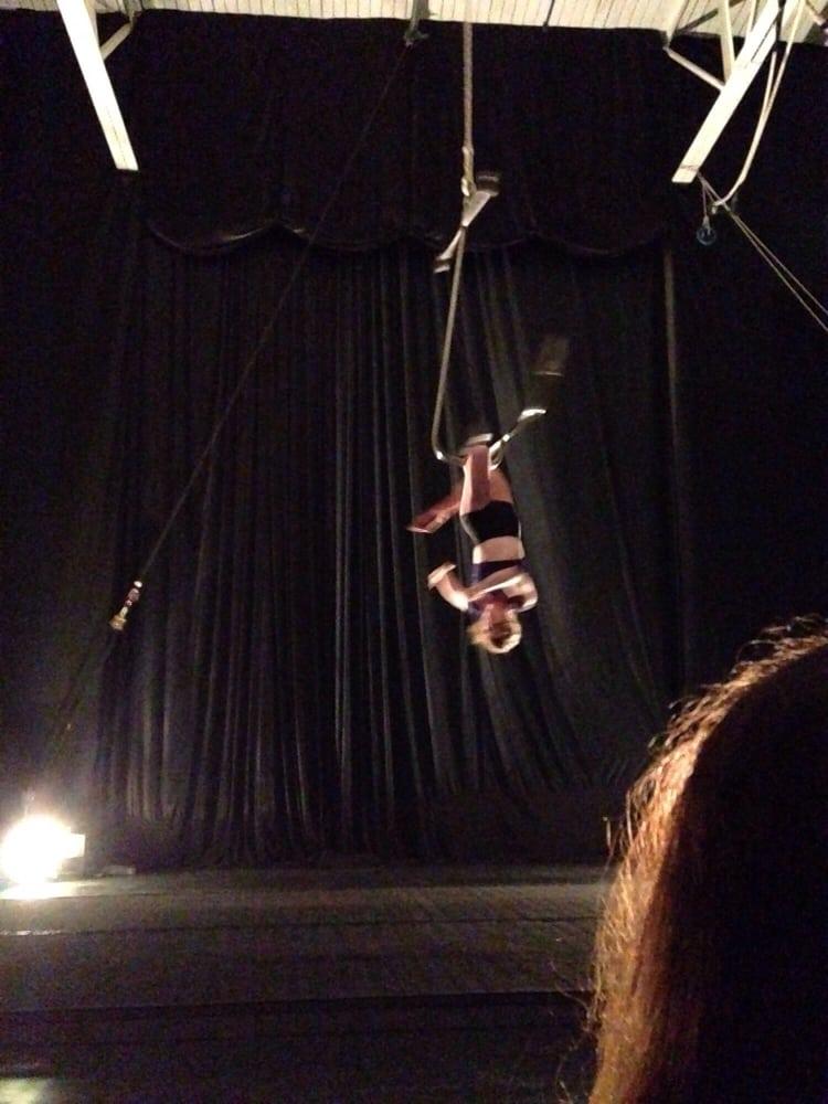 El Circo Cheapo Cabaret: 2041 W Carroll, Chicago, IL
