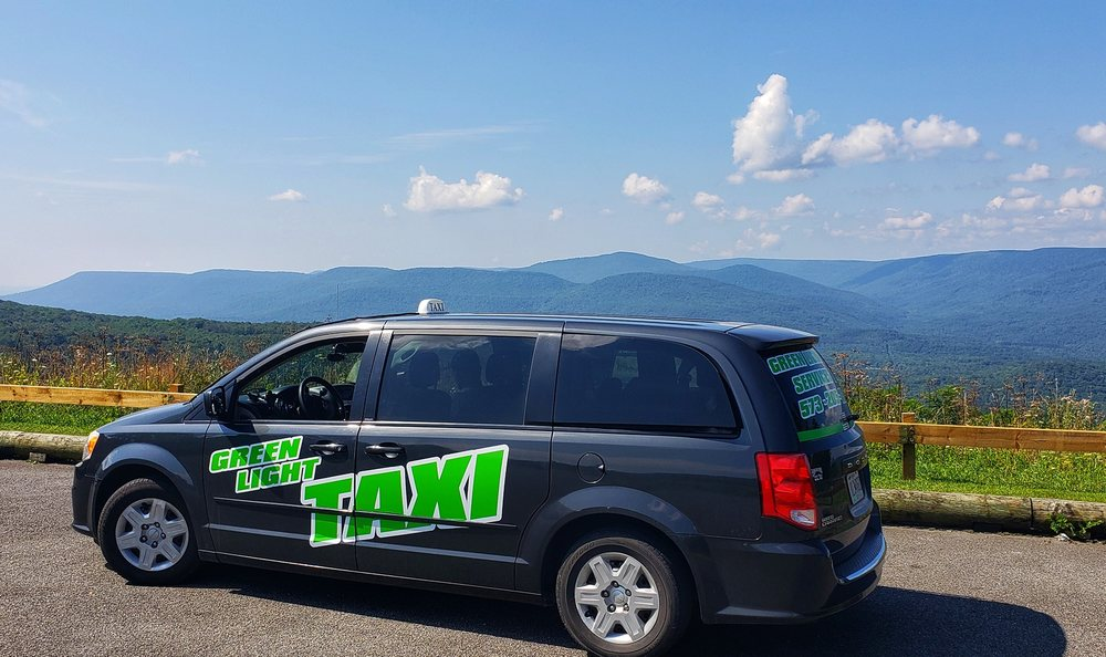 Green Light Taxi Services: Sullivan, MO