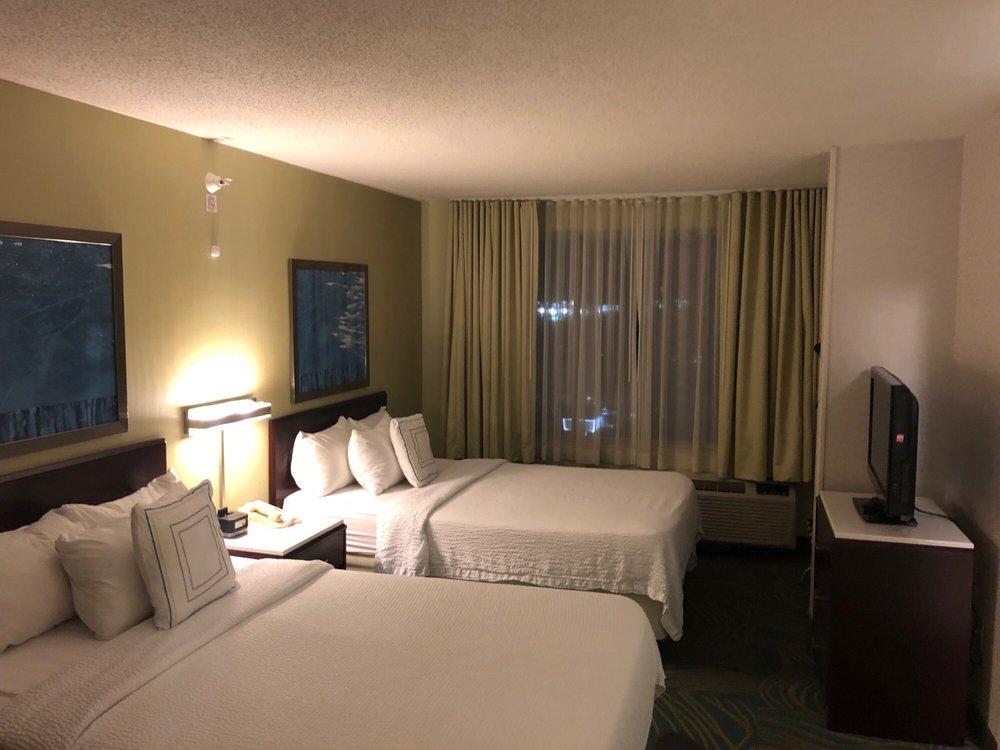 SpringHill Suites Cincinnati Northeast/Mason: 9365 Waterstone Blvd, Cincinnati, OH