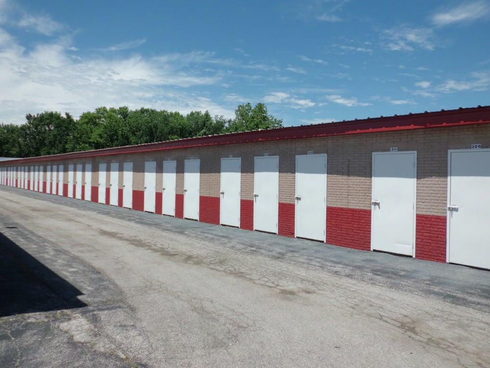 A Storage Inn - Alton: 4111 Humbert Rd, Alton, IL