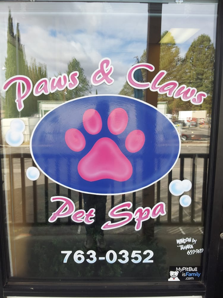 Paws & Claws Pet Spa: 56480 Hwy 371, Anza, CA