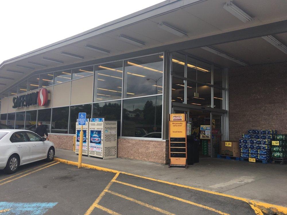 Safeway: 401 W Columbia River Hwy, Clatskanie, OR