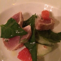 Vivant Table - Paris, France. Tuna...tataki style ..