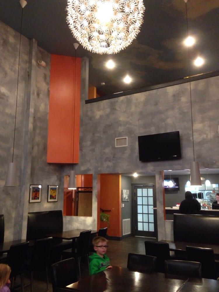 Jo Etta's Pizza Villa: 655 NW A St, Linton, IN