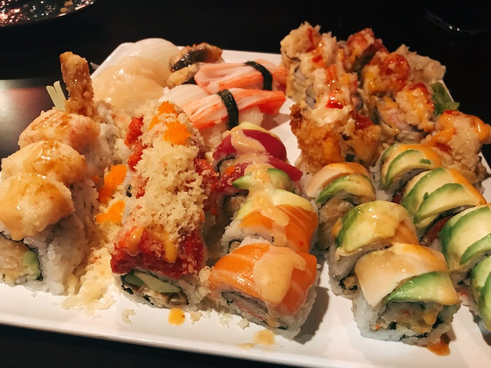 Food from Uni Sushi & Ramen