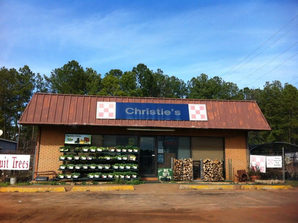 Christie's Feed & Seed & Garden Center: 816 Forrester Dr SE, Dawson, GA