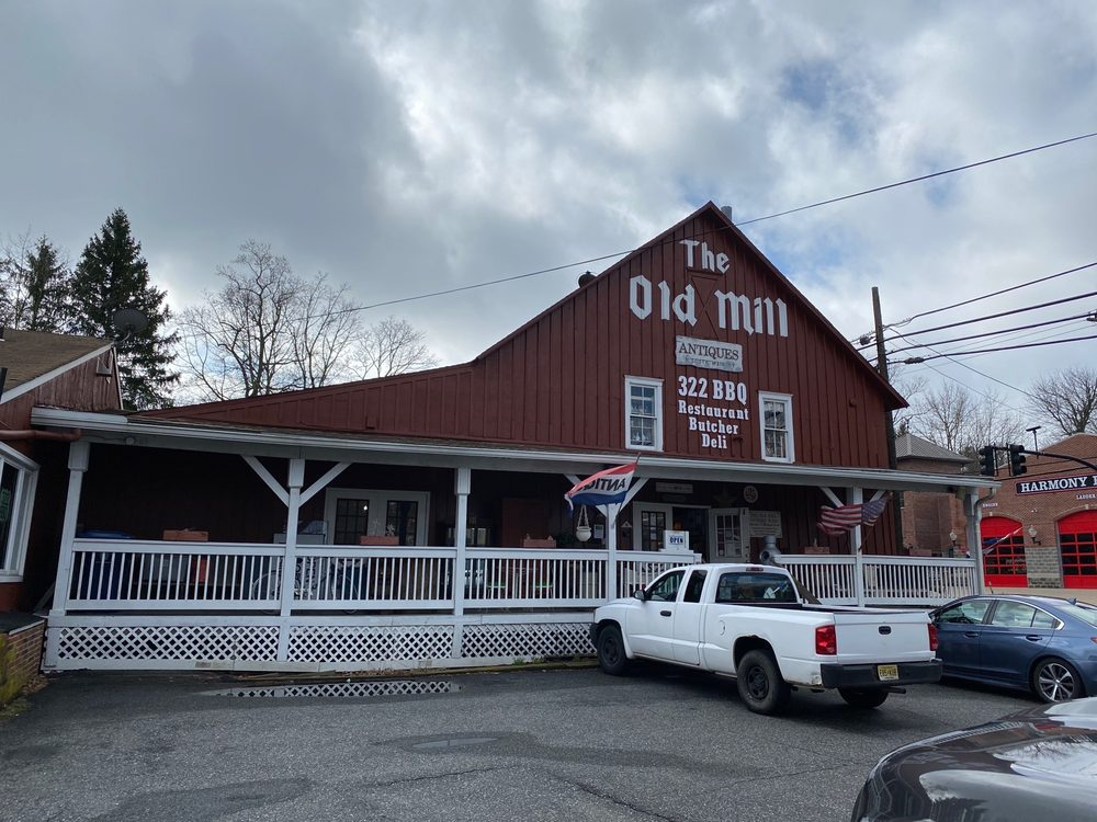 The Old Mill Antique Mall: 1 S Main St, Mullica Hill, NJ