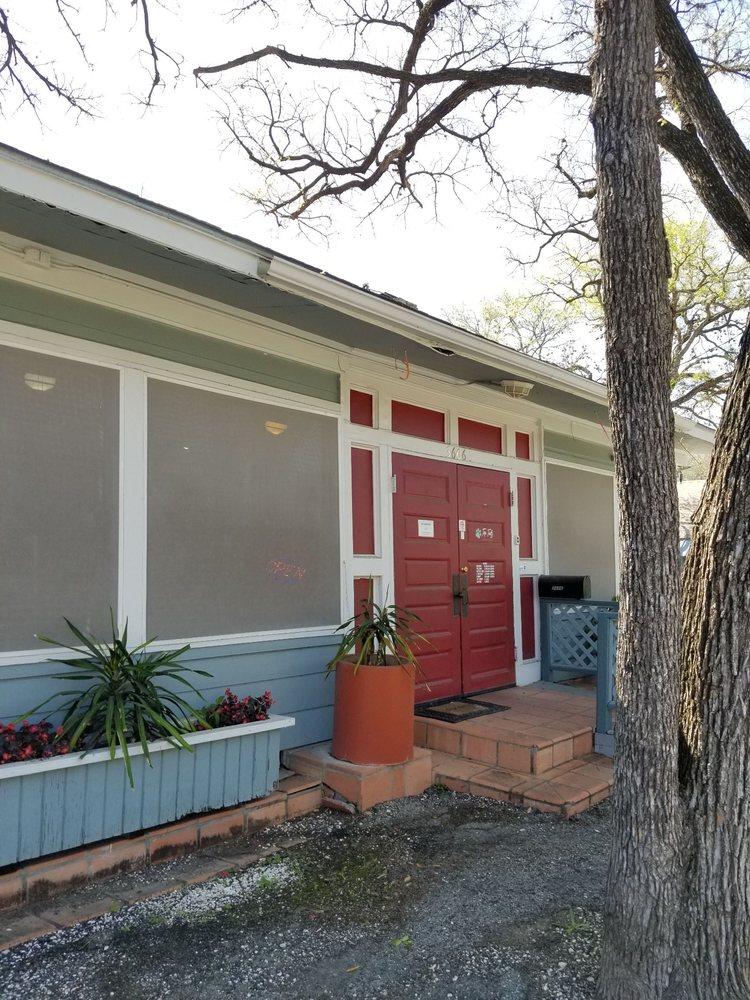Top Tails Grooming Salon: 3606 Ave B, San Antonio, TX