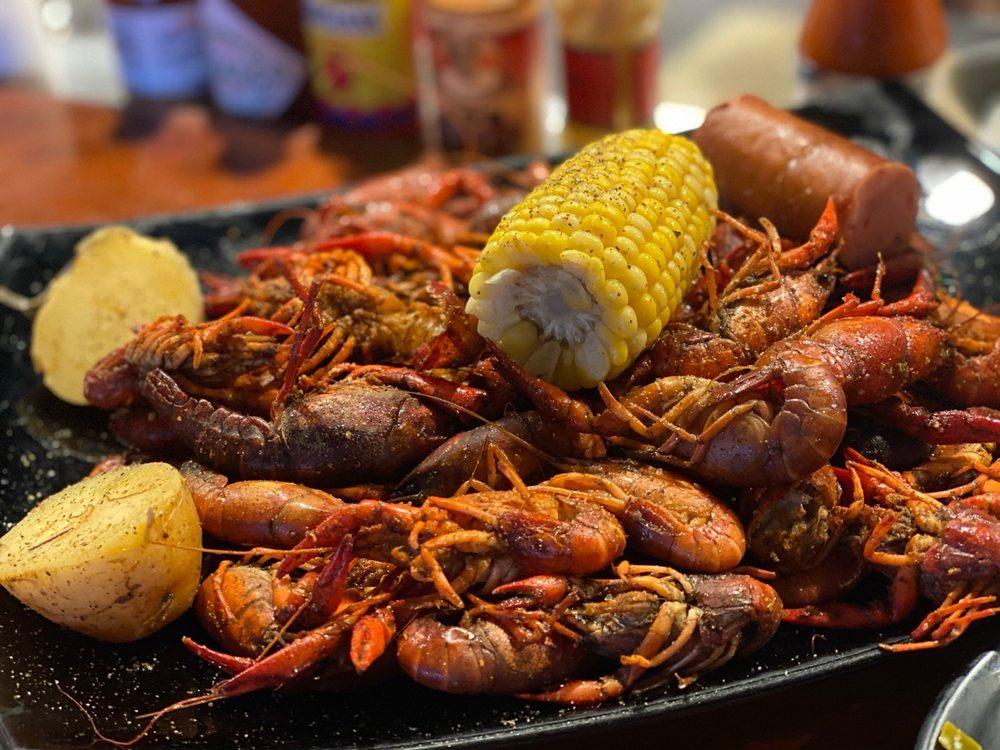 Simply Seafood & Oyster Bar: 429 Ohio Ave, Lynn Haven, FL