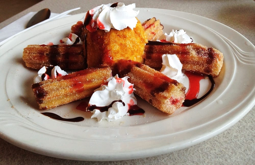 Village Inn Restaurant: 400 Beech St, Arlington, OR