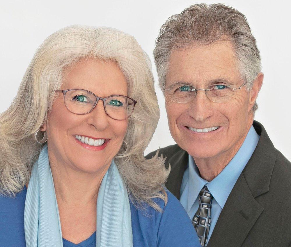 Steve Martin & Leslie Holt - Eagle Real Estate Services: 410 Bolla Pl, Alamo, CA